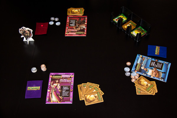 Sheriff of Nottingham set up for a three player game
